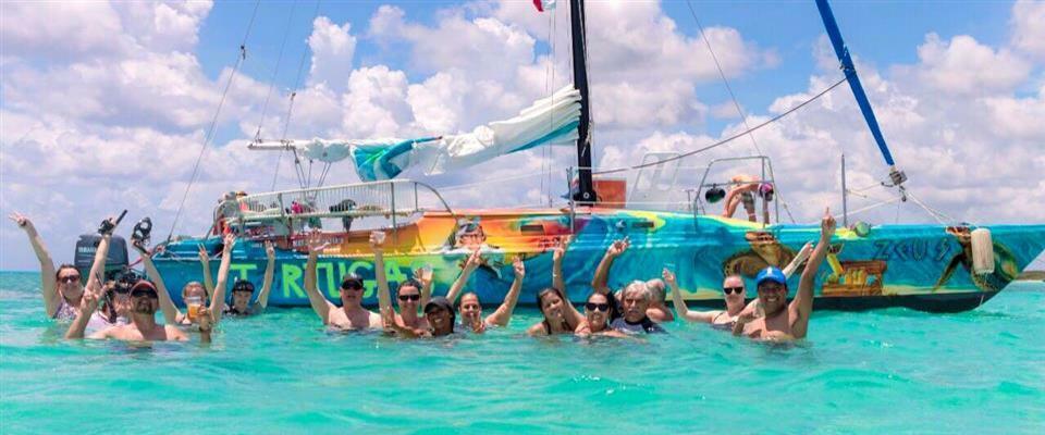 El Cielo CatamaranSnorkel Tour