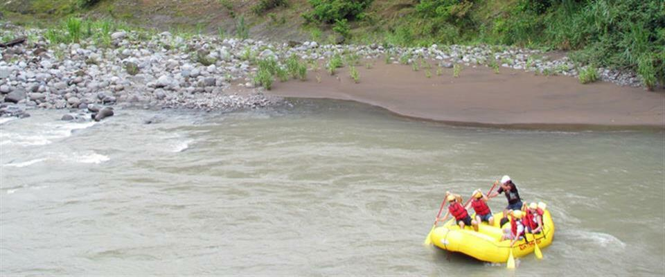 Pacuare River White Water Rafting 2 Days Tour Class III - IV